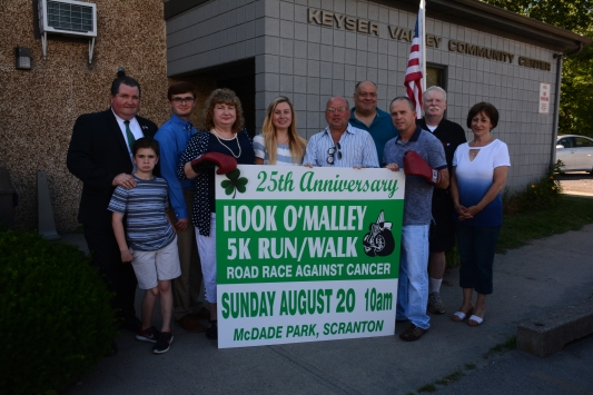 Hook O'Malley cancer race photo